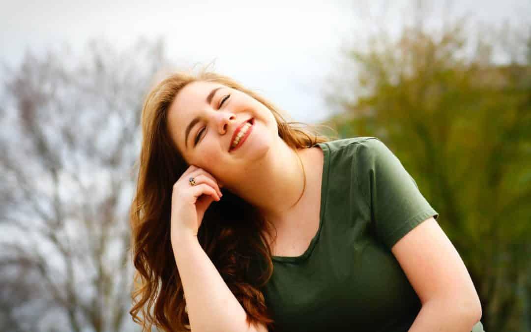 Descubre cómo crear momentos felices en tu vida